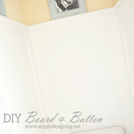 DIY Board and Batten | how to do your own board and batten simply WITHOUT replacing your baseboards!  | Definitely need to pin this for later! | #diy #bathroom #remodel #thehomedepot #3MPartner