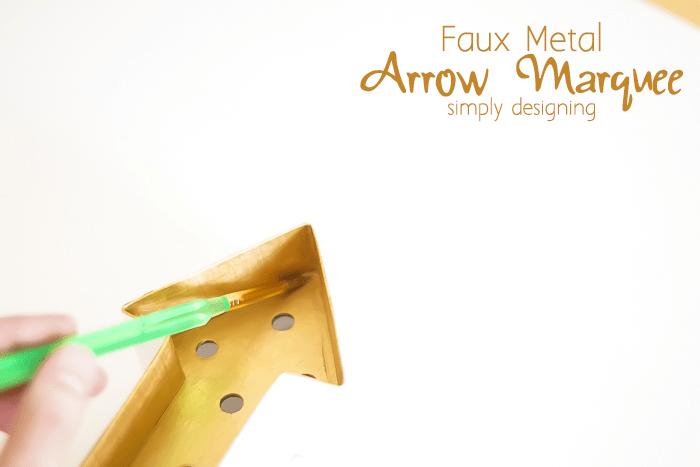 Dry Brush Arrow Marquee