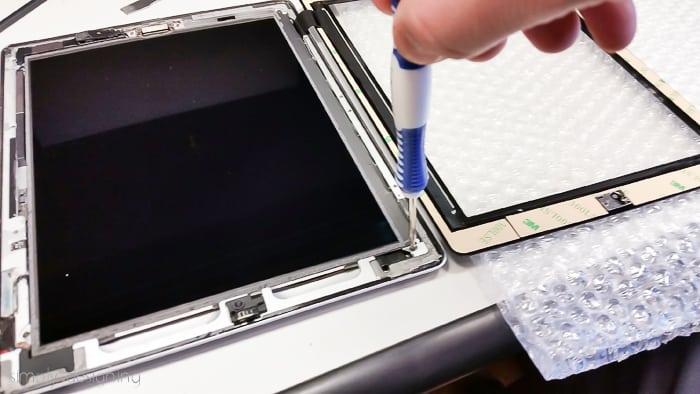 ipad air screen frozen how to fix