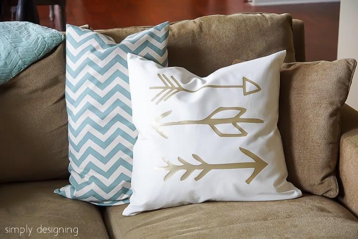 DIY Gold Arrow Pillows -06224