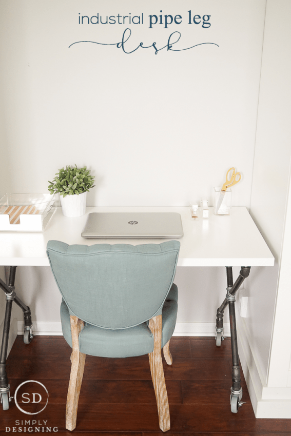 Industrial Pipe Leg Desk - a beautiful and easy to DIY desk option