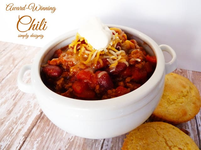 Family Favorite Award-Winning Chili | #soup #chili #recipe #sponsored