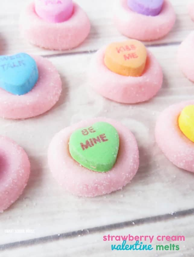 Strawberry-Cream-Valentine-Melts