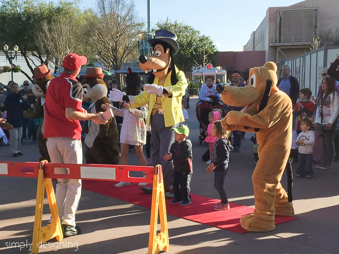 Goofy and Pluto at Hollywood Studio