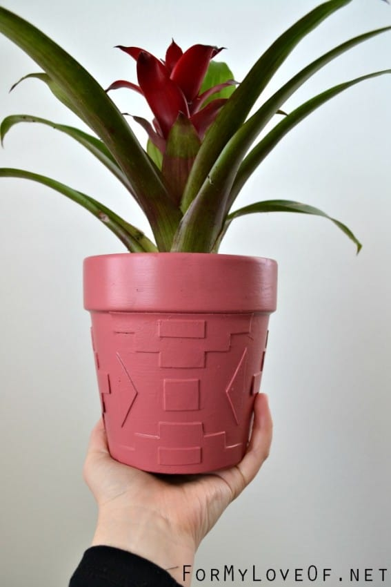 fun-plants-sprouting-out-of-embellished-foam-cut-out-planters