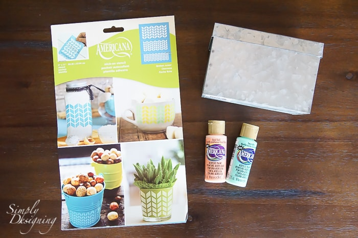 supplies to paint a recipe box