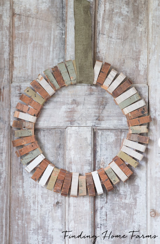 Easy-Scrap-Wood-Wreath