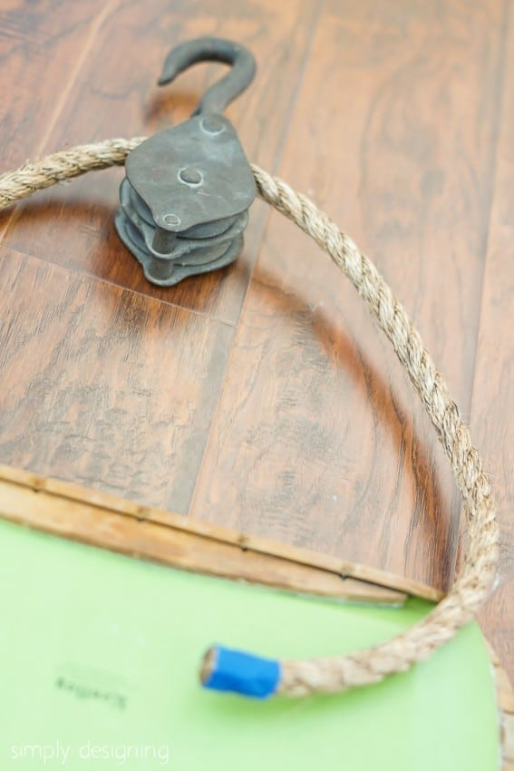 hanging pulley photo display - attach rope