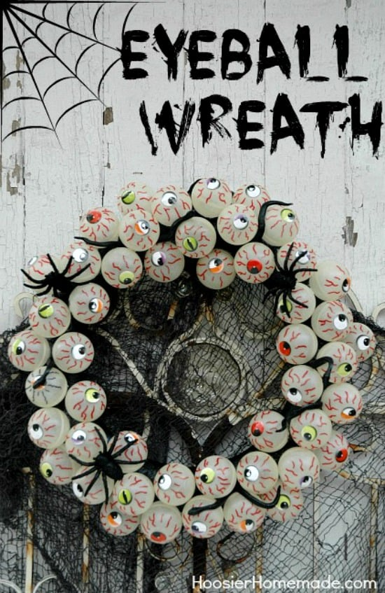 Halloween-Craft-Eyeball-Wreath-HoosierHomemade