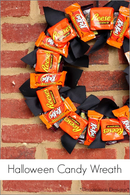 Halloween-candy-wreath