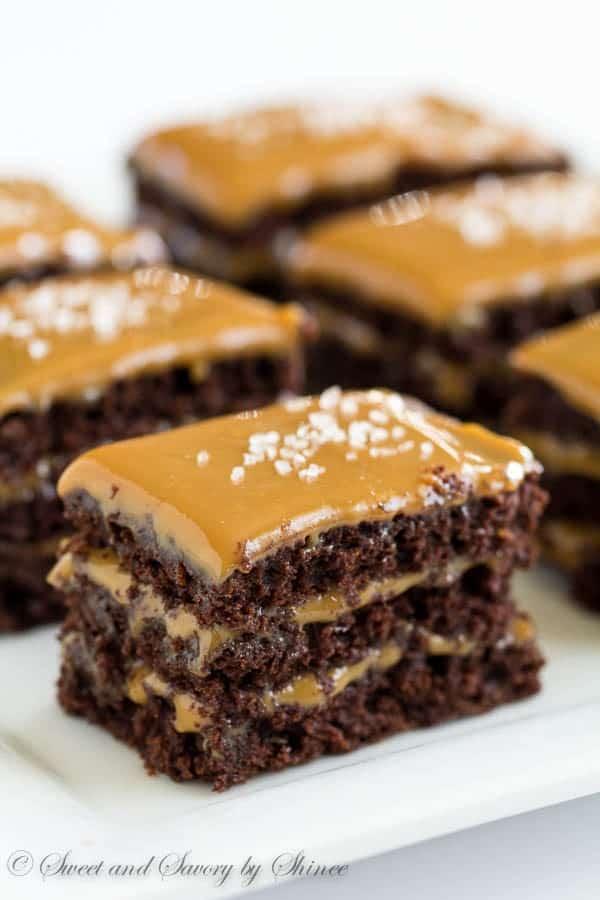 Chocolate-Caramel-Mini-Layer-Cakes-1-600x900