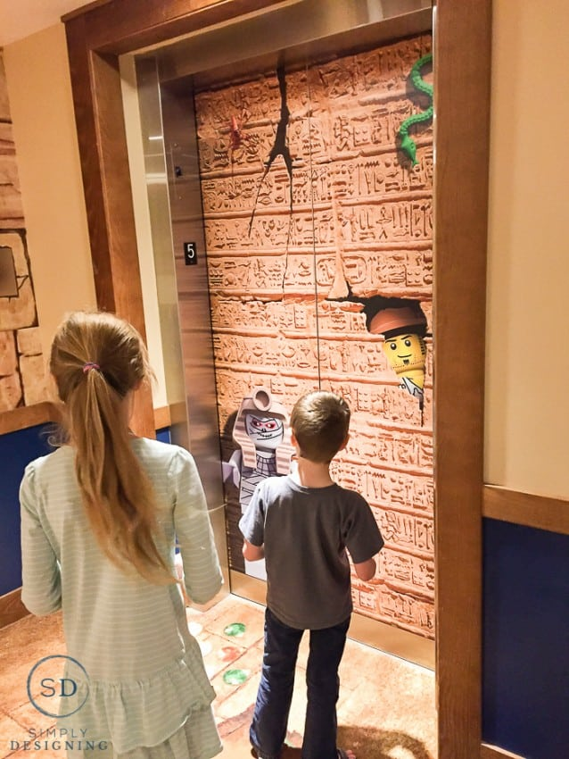 Legoland Hotel - elevator