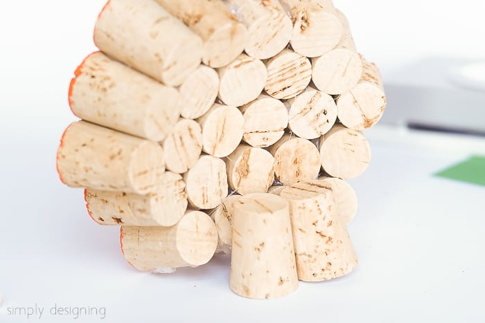 make base for wine cork pumpkin decor